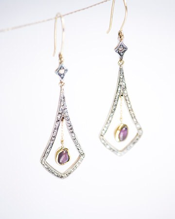 <b>handcrafted pieces of gems and diamonds</b>